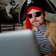 pirat2-98emj