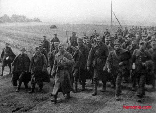 Польскія ваеннапалонныя пад аховай чырвонаармейцаў, 1939
