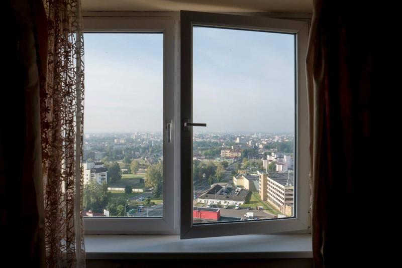 Window-in-Grodno-by-Italian-in-Minsk